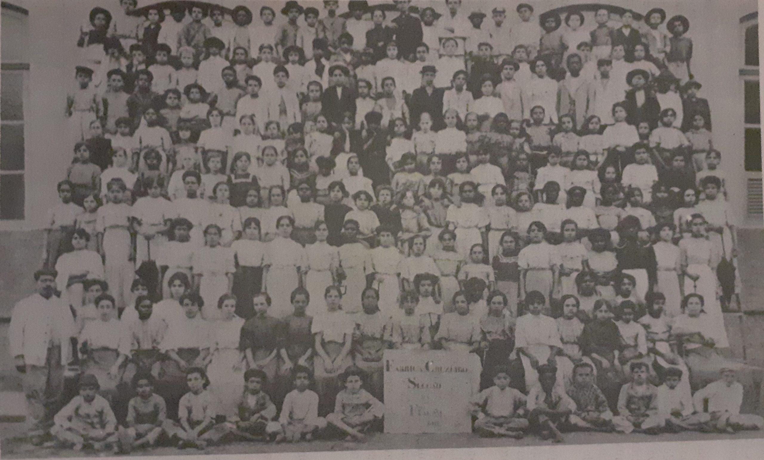 """Artigo """"Crianças nas fábricas: o trabalho infantil na Indústria Têxtil carioca na Primeira República"""" – Isabelle Pires e Paulo Fontes"""